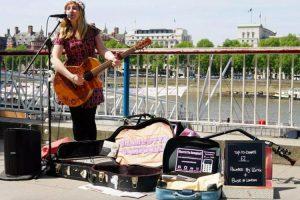 В Лондоне запустили первую бесконтактную платёжную схему для уличных исполнителей»