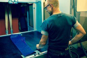 Levi's намерена использовать лазер для производства джинсов»