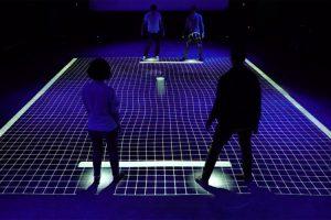 Видео дня: двигаем ногами — играем в интерактивный «пинг-понг» GRID»
